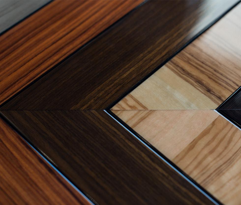 Wooden Gloss Frame Corner